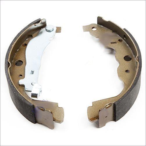 Тормозные колодки задние барабанные для Ниссан Альмера G15 (Nissan Almera 2013-), Ниссан Террано D10 (Nissan Terrano с 2014-)